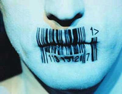 enslavement kiss